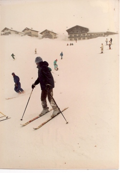First-time skiing - corduroy pants, half a lesson & no brakes!