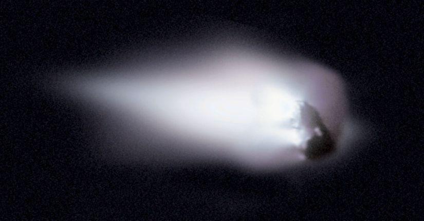 halleys-comet-giotto-photo