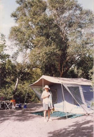 Borrowed Lello's tent, too