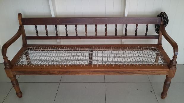 riempie-bench-1