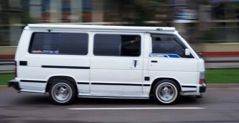 Hi-Ace taxi