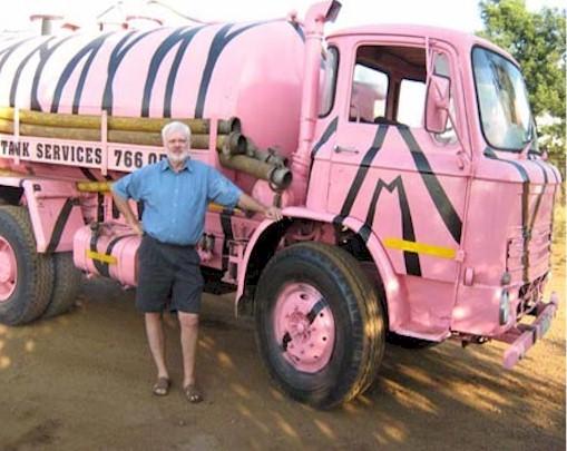 Sewer Honeysucker Truck