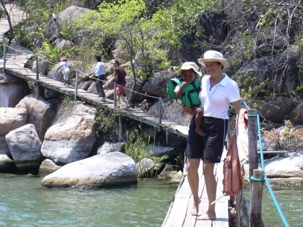Malawi Mumbo Island bridge