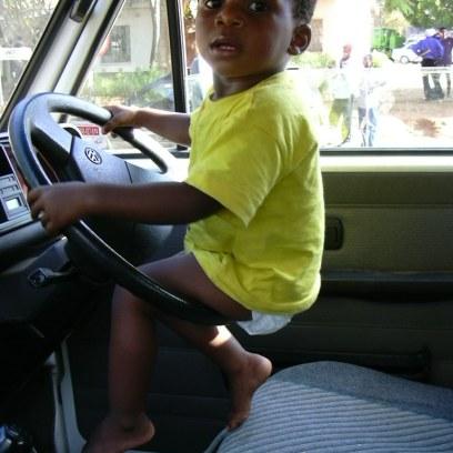 Lemme drive . . . Pleeeez!