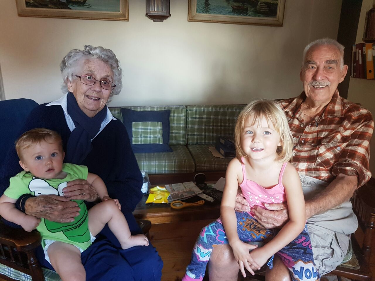 Gogo Mary & Great_Grandkids (2)
