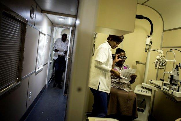 Phelophepa Train Eye Clinic coach